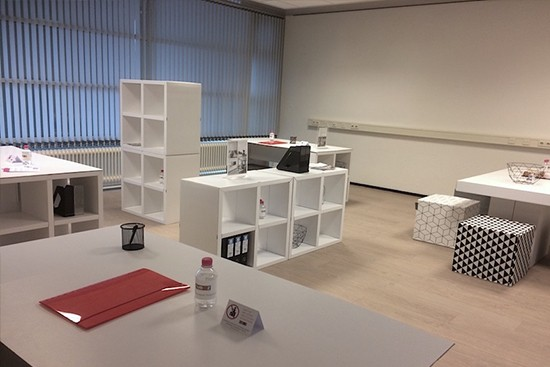 Modular cardboard furniture LUUCK for Office Staging by Cubiqz