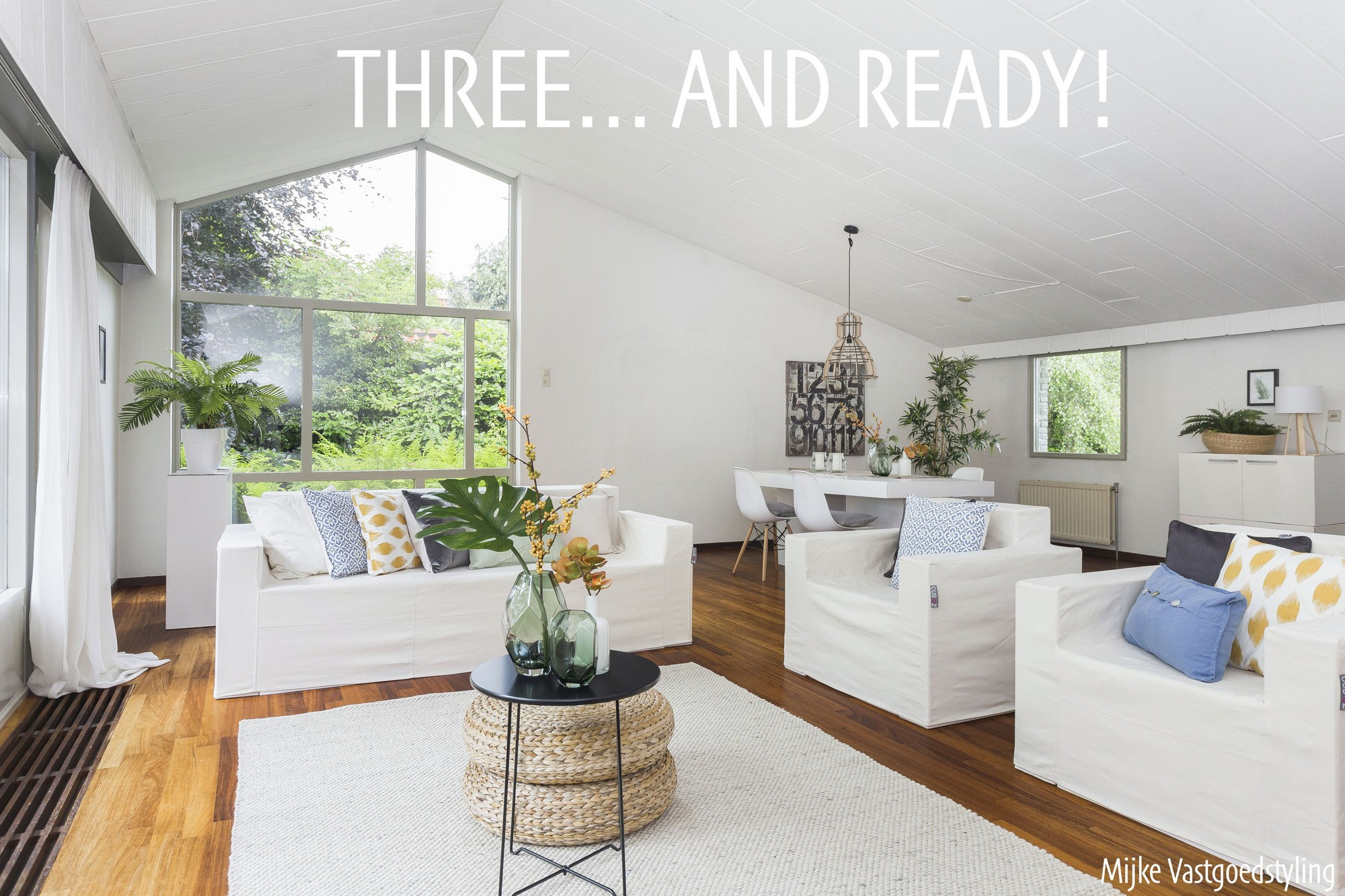 CUBIQZ Home Staging with cardboard furniture 1,2,3 and ready!